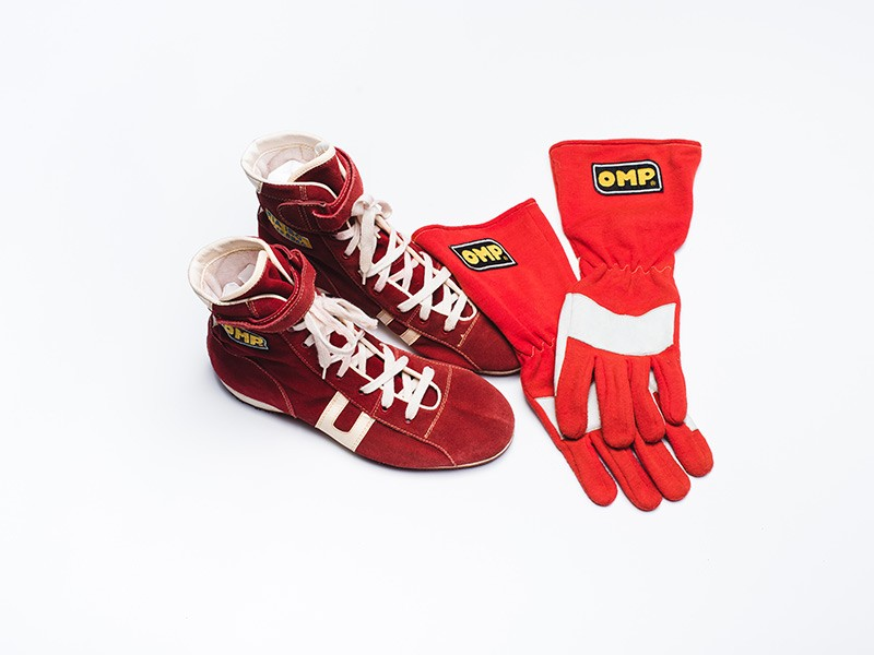 Gianni Morbidelli Ferrari race boots & gloves