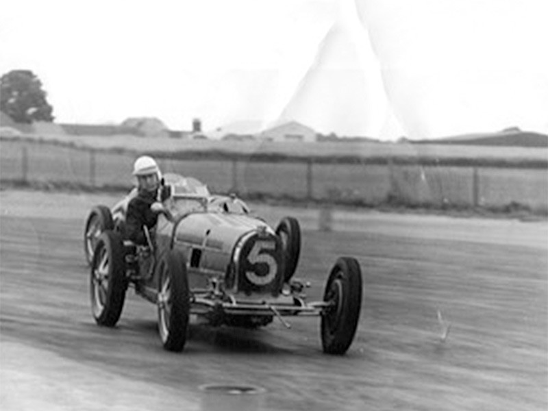 Bugatti Type 35B, Seaman Trophy (Silverstone, 11/7/1953)